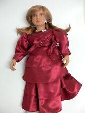 Künstlerpuppe Rothkirch mit rotem Kleid