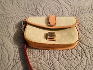 Vintage Dooney & Bourke Wristlet Mint Green and Tan Leather/Canvas Signature