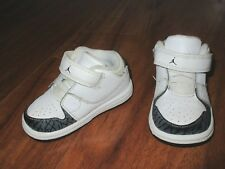 newest cf1ec 1dc9a Jordan Flight 2 Shoes white grey 4c