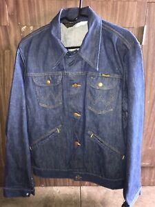 Vintage Denim 1970's WRANGLER Men's Trucker Jean Jacket Made in USA 44L