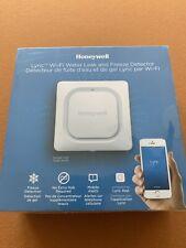 Honeywell Lyric RCHW3610WF Wi-Fi Water Leak And Freeze Detector