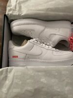 SUPREME/ NIKE AIR FORCE 1 LOW WHITE SHOES SIZE 12 (IN HAND) AUTHENTIC BRAND NEW
