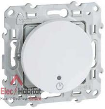 Interrupteur temporisé vis/griffes Schneider Odace blanc S520535
