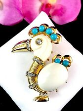 FABULOUS HATTIE CARNEGIE CREAM LUCITE TURQUOISE BEAD DODO BIRD BROOCH AS IS
