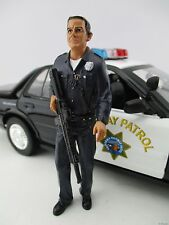 Police Officer 1 * LAPD Style * AMERICAN DIORAMA * Maßstab 1:18* OVP * NEU