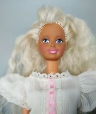 Vintage 1988 Hasbro Sindy Fashion Doll With Blue Eyes