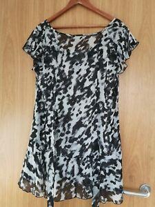 M&Co. womens blouse size 16