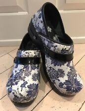 Koi By Sanita  Floral Print Nurse Clogs / Shoes Patent Leather Women's Size 36