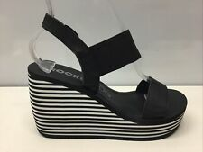 Rocket Dog Black & White Striped Platform Wedge Sandal Foam Size 8.⭐️
