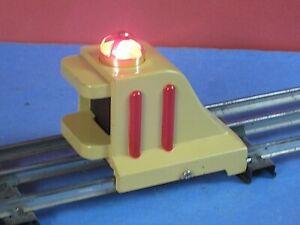 MTH #25 (Lionel) Diecast, Cream, Lighted Bumper for Standard Gauge Track. C-8jd