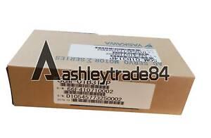 1PCS NEW Yaskawa servo Motor SGM-01B314P