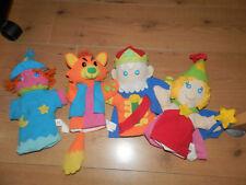 LOT 1ER AGE  4 marionnettes