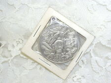 MILLENIUM COIN PENDANT W/ CALENDAR & IMAGES SPACE CARS FLIGHT COMPUTER 2000 MIP