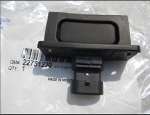 05-13 Chevrolet C6 Corvette XLR GM Exterior Door Release Switch Pad 22751230