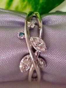 JAPAN 100%  18 WHITE GOLD FASHION DIAMOND RING.