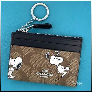 "COACH x PEANUTS  ""Snoopy"" ID Wallet Card Case Keychain Limited Edition / NWT"