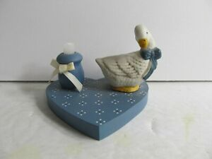 Vintage 1988 Wang's International Inc. White Goose Bows Candle Holder 0731b