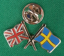 Union Jack & Sweden Flag Friendship Lapel Pin badge FREE UK Delivery
