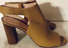 Kate Spade Block Heel Sandal. Open Toe. Beige/Tan Size 9.5