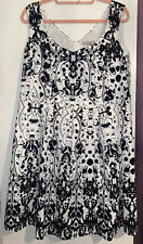 Pepperberry super curvy size 18 dress black & white with underskirt/net BNWOT