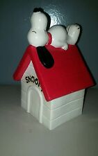 Snoopy Peanuts Bank 1970