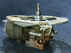 Sears Elgin 1958 2hp 571-5823 Outboard Powerhead Crankcase Assembly