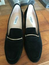 PAIR OF LADYS BLACK SUEDE SHOES - SIZE 39 - LK BENNETT