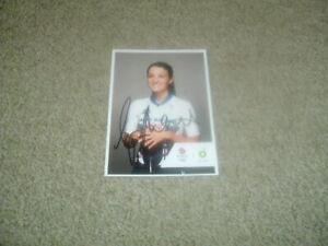 LIZZIE DEIGNAN - CYCLIST - OLYMPICS - TEAM GB - SIGNED 6 X 4 PHOTO CARD