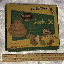 vintage MIRRO Decorator Set made in USA Aluminum cake cookie decorating