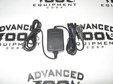 Usa Seller! New South Nc-10A Quatro Ni-Mh Battery Charger Ac 100-240V / Dc 8.5V