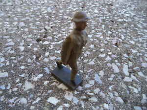 Portuguese? stretcher bearer  composition Figurine Lineol Elastolin wwII fig 004