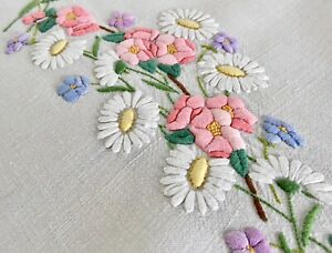 Vintage Stunning Hand Embroidered Linen Tablecloth Wild Roses & Daisies