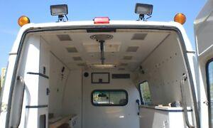 DRK Rettungswagen Notarztwagen Krankenwagen Sonderausstattung Zusatzausstattung
