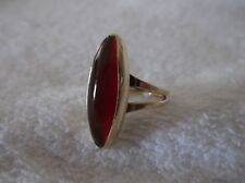 ESTATE Antique 14K Yellow Gold Oblong Cabochon Red Carnelian Ring