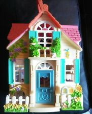 Fisher Price Loving Family Sweet Streets Country Cottage Doll House 24cm