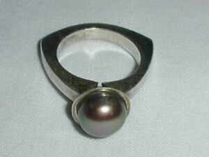 VINTAGE STERLING SILVER MODERNIST TAHITIAN PEARL RING- SIZE 5 3/4!