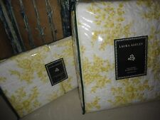 LAURA ASHLEY CIELO LEMON YELLOW & WHITE FLORAL (3PC) FULL/QUEEN QUILT & SHAMS