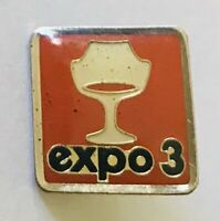 Expo 3 Small Exposition Chair Design Advertising Pin Badge Rare Vintage (C5)