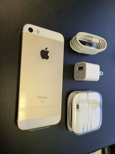 New Apple iPhone SE 32GB 1st Generation Unlocked Gold + More