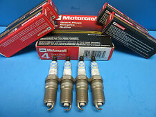 Set 4 Genuine FORD Spark Plugs Motorcraft SP432 OEM# AGSF32FM Finewire Platinum