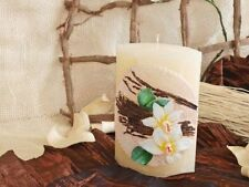 Deko-Kerzen & -Teelichter mit Vanille-Aroma