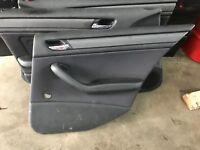 BMW E46 Limo Türverkleidung Tür Verkleidung Stoff Schwarz Hinten Rechts Kurbel