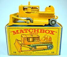 "Matchbox RW 18D Cat. Bulldozer rare silberne Rollen in ""E"" Box"