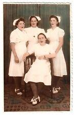 Argentinien KRANKENSCHWESTERN IN TRACHT ROTES KREUZ * 50s koloriertes Vintage R!