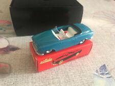Voiture Miniature Peugeot 403 Cabriolet Bleu Clair Club Solido au 1/43