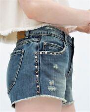 ZARA Azul Denim Deshilachado Pantalones Cortos Con Tachuelas Size UK 6 UE 34 EE. UU. 2