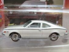 JOHNNY LIGHTNING - WHITE LIGHTNING CLASSIC GOLD COLLECTION 1974 AMC HORNET  1/64