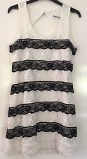 Black & White Stretch Tiered Lace Dress Keyhole Back by Angelababy Size M