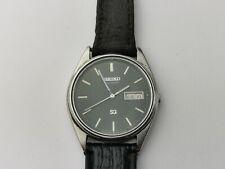 Seiko Sq 5Y23-8A11 para Hombre de Cuarzo Reloj Día/fecha para reparación, Vintage Seiko