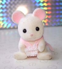 Sylvanian Families Milky Mouse Family Sitting Baby Girl Sister Figure